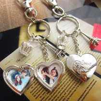 heart Album box locket  keychains with your custom photo or design crown key chain