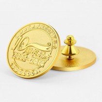 custom badges brooches/pins with custom design free cost of mould use Stamping Process